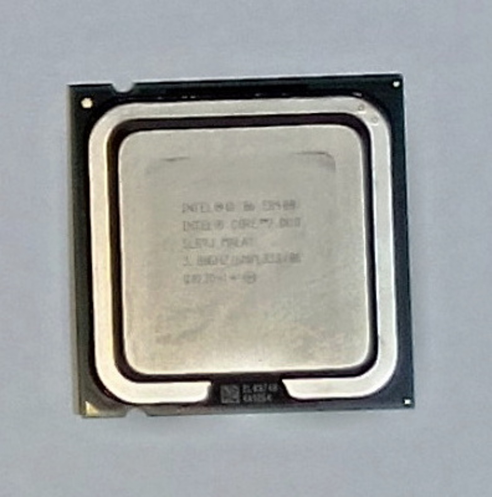 Intel Core 2 Duo  E8400, 3.0 GHz, EU80570PJ0806M