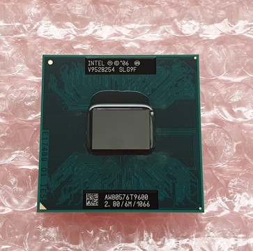 Intel Core 2 Duo T9600 SLG9F 6M Cache, 2.8 GHz, 1066 MHz FSB Socket P SKLADEM